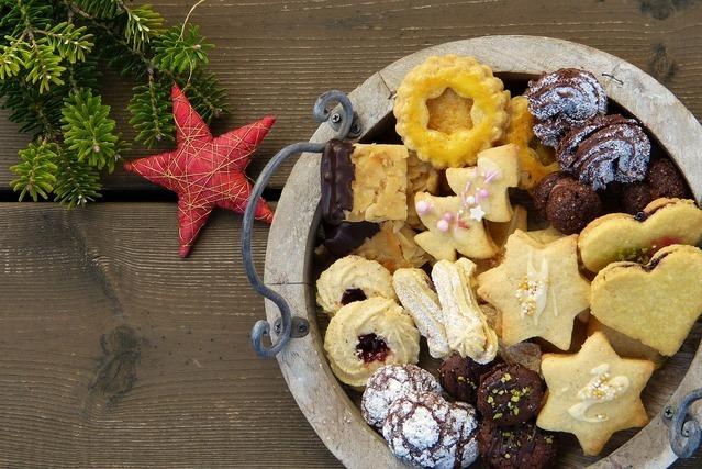 様々な形のクッキー