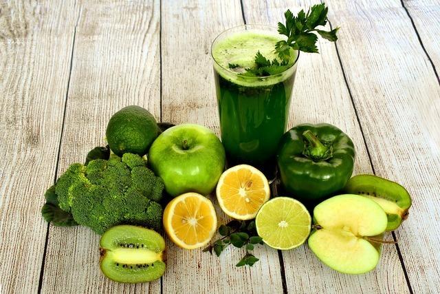 グリーンのフルーツ