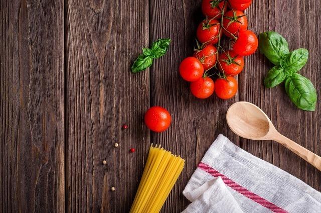 ミニトマトとバジルとパスタ