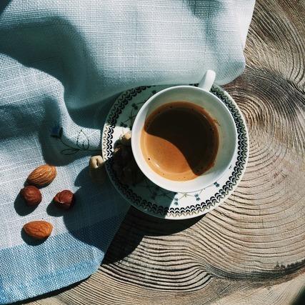 アーモンドとコーヒー