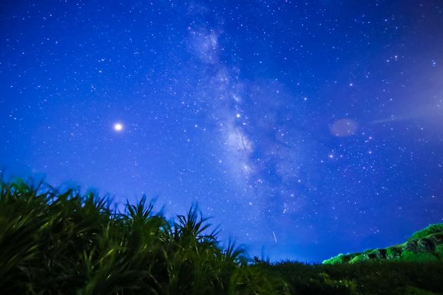 星が輝く空