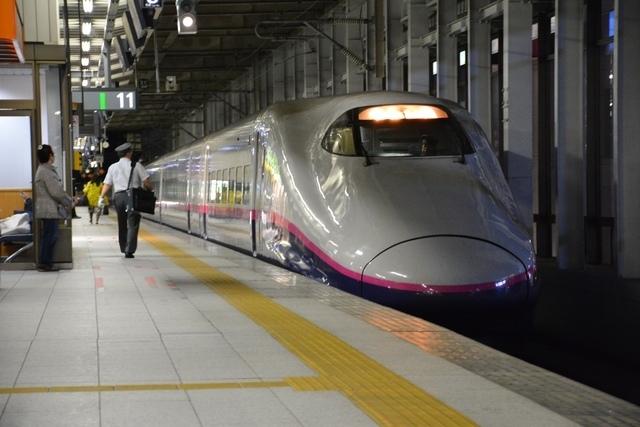 仙台駅の新幹線