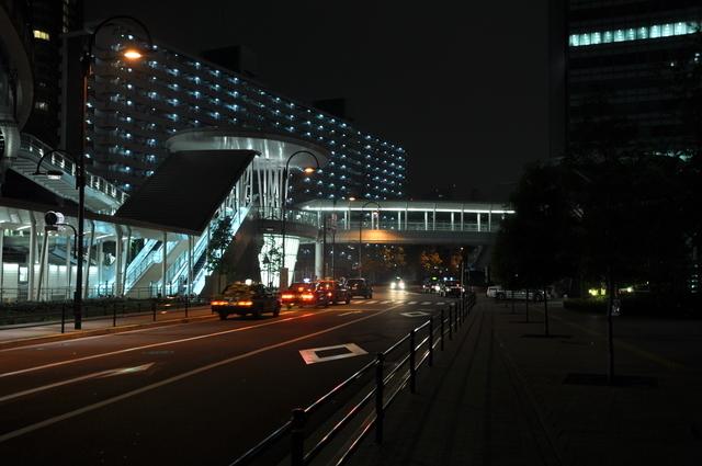 夜の大崎駅