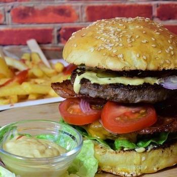 Large thumb burger 55e9d34143 1280