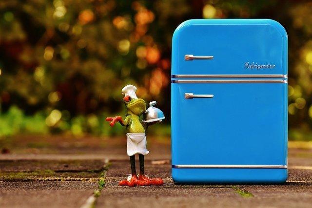 水色の冷蔵庫