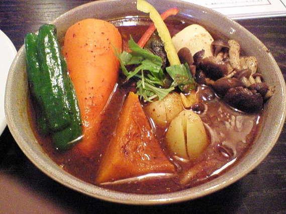 野菜の入ったスープカレー