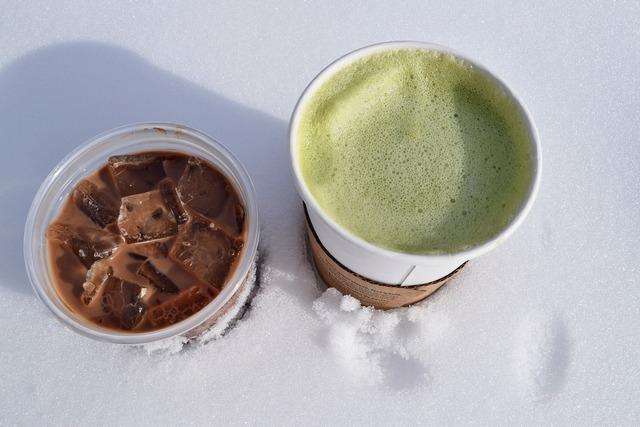 抹茶とチョコレートのドリンク