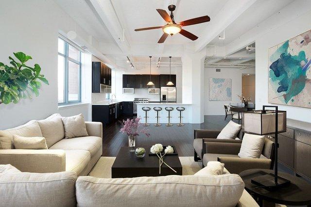 備え付けられている家具や家電