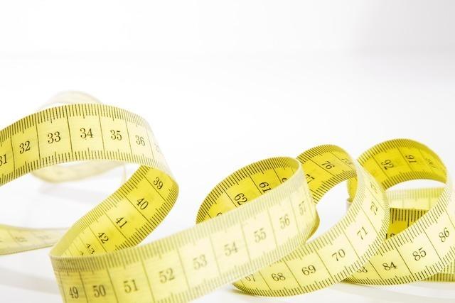 身幅を測るメジャー