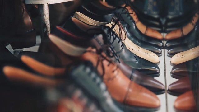 並べられた靴