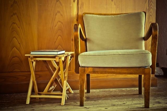 2つの椅子