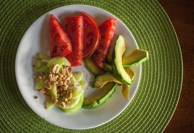 アボカド トマト
