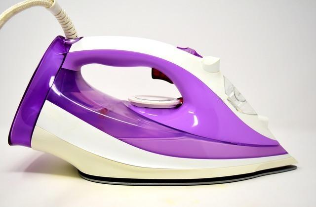紫のアイロン