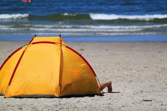 海水浴にテント