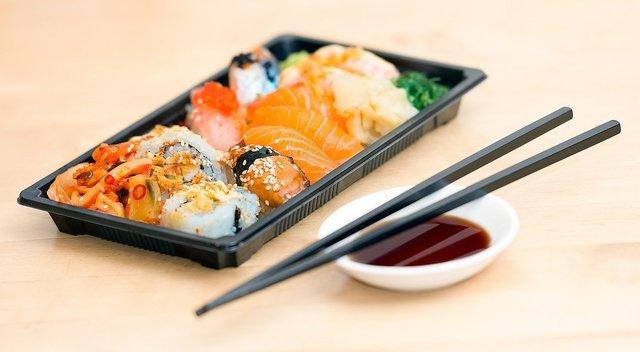 盛り合わせタイプの寿司