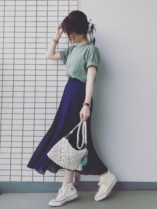 スカート×Tシャツ