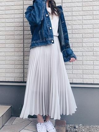 デニムジャケット×プリーツスカート