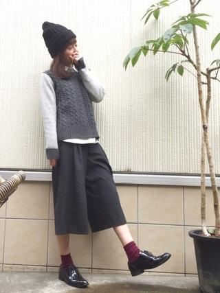 シャツ×ニットセーター