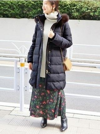 ロングニット×花柄スカートコーデ