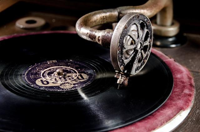 回るレコード