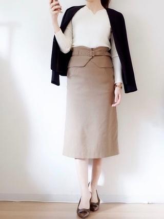 セミタイトスカート