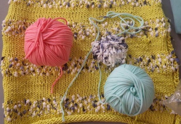 2色の毛糸