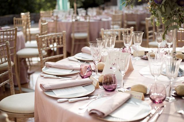 結婚式の準備されたテーブル