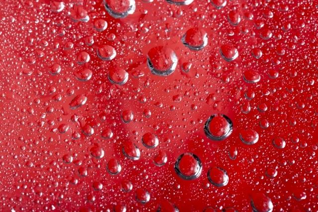 赤いアクリル板