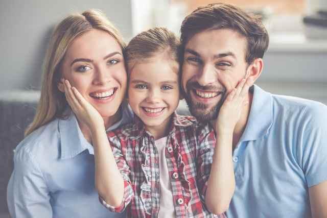 笑顔の素敵な家族