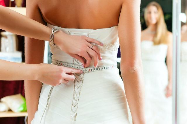 ドレスの仕上げ