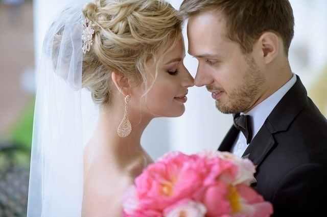 結婚するカップル2