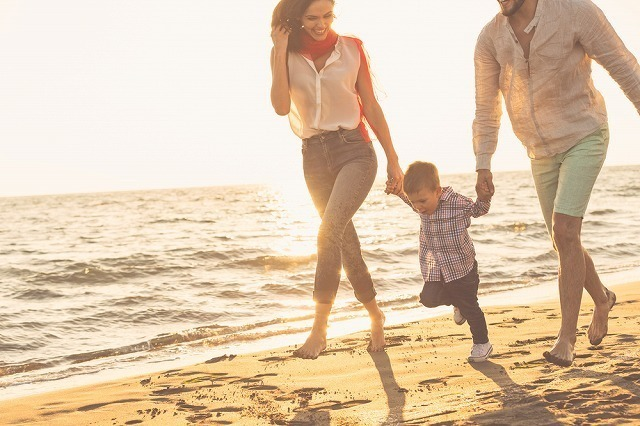 男の子と家族