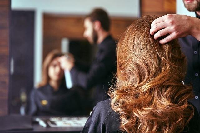 美しい巻髪