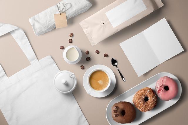 コーヒーとドーナツと雑貨