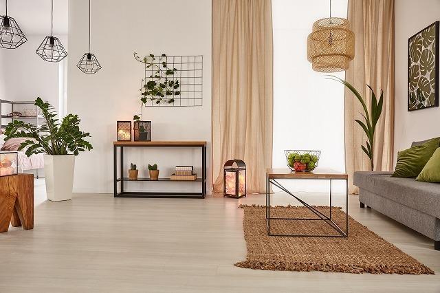 背の低い家具