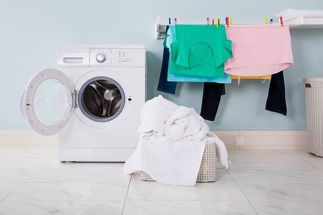 洗濯物と洗濯機
