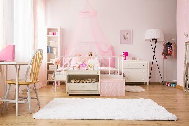 ぴんくの部屋のカーペット