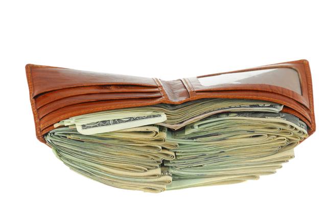 中身 盗ま れる 夢 の 財布