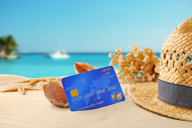カードと海