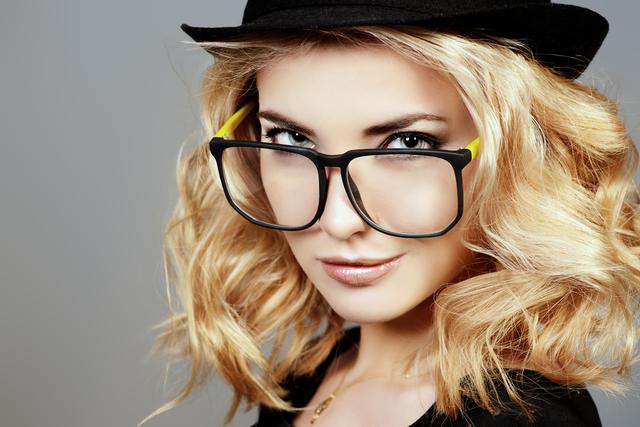 メガネ越しの瞳が好き