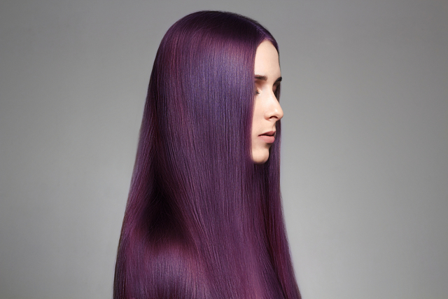 ローズピンク色の髪の毛