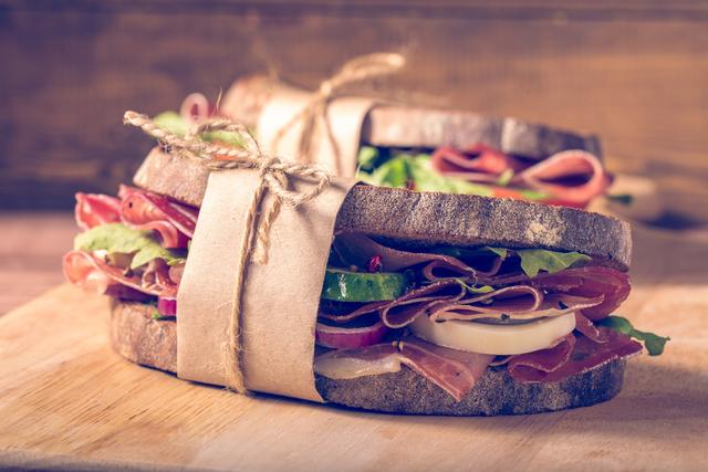 コンビニのサンドイッチ