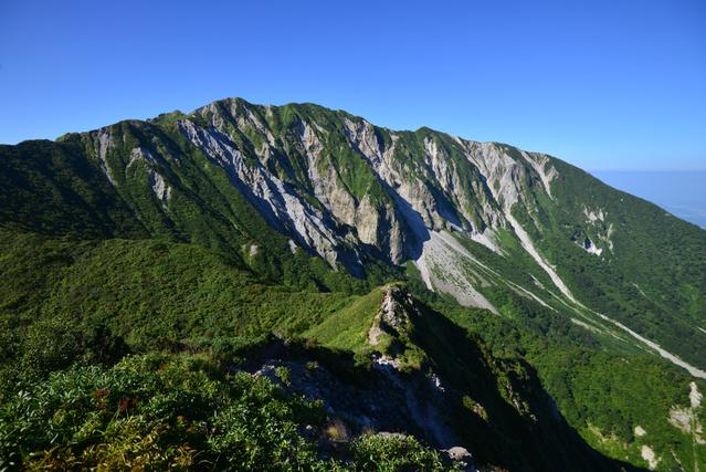 山頂の景色画像