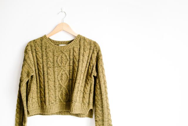 緑のセーター