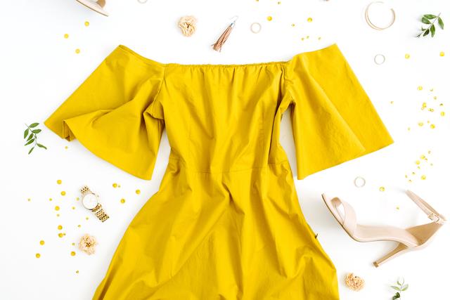 黄色いワンピース