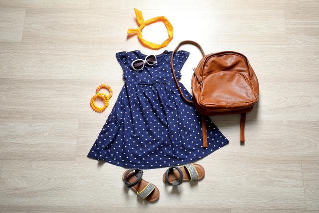 洋服とカバンと靴