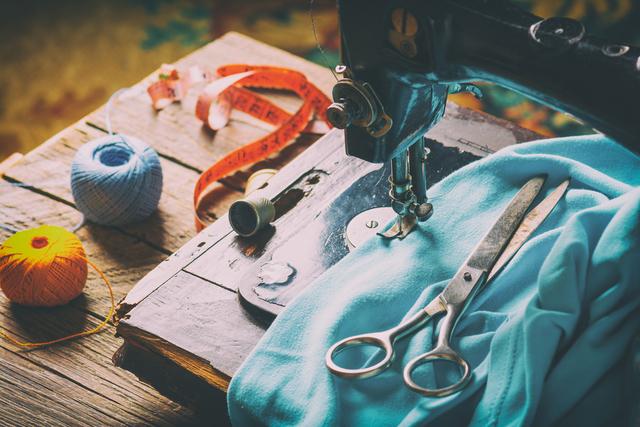 裁縫の最中