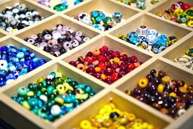 勾玉の色や種類