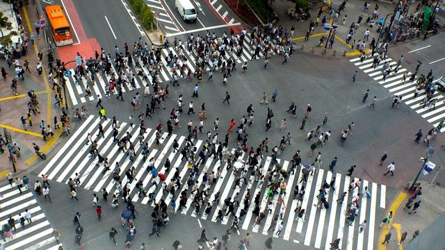 交差点の人込み
